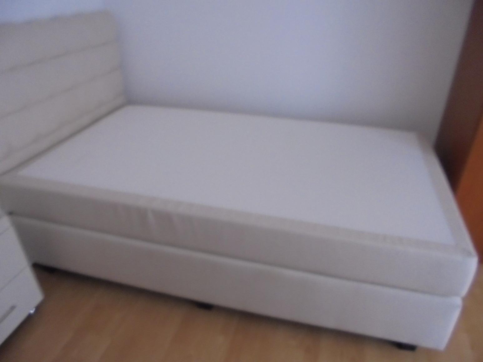 boxspringbett komplett 120x200 creme wei mit nachttisch. Black Bedroom Furniture Sets. Home Design Ideas