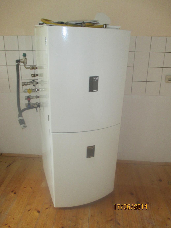 buderus logamax plus gb132t gas brennwertkessel m 135 l. Black Bedroom Furniture Sets. Home Design Ideas