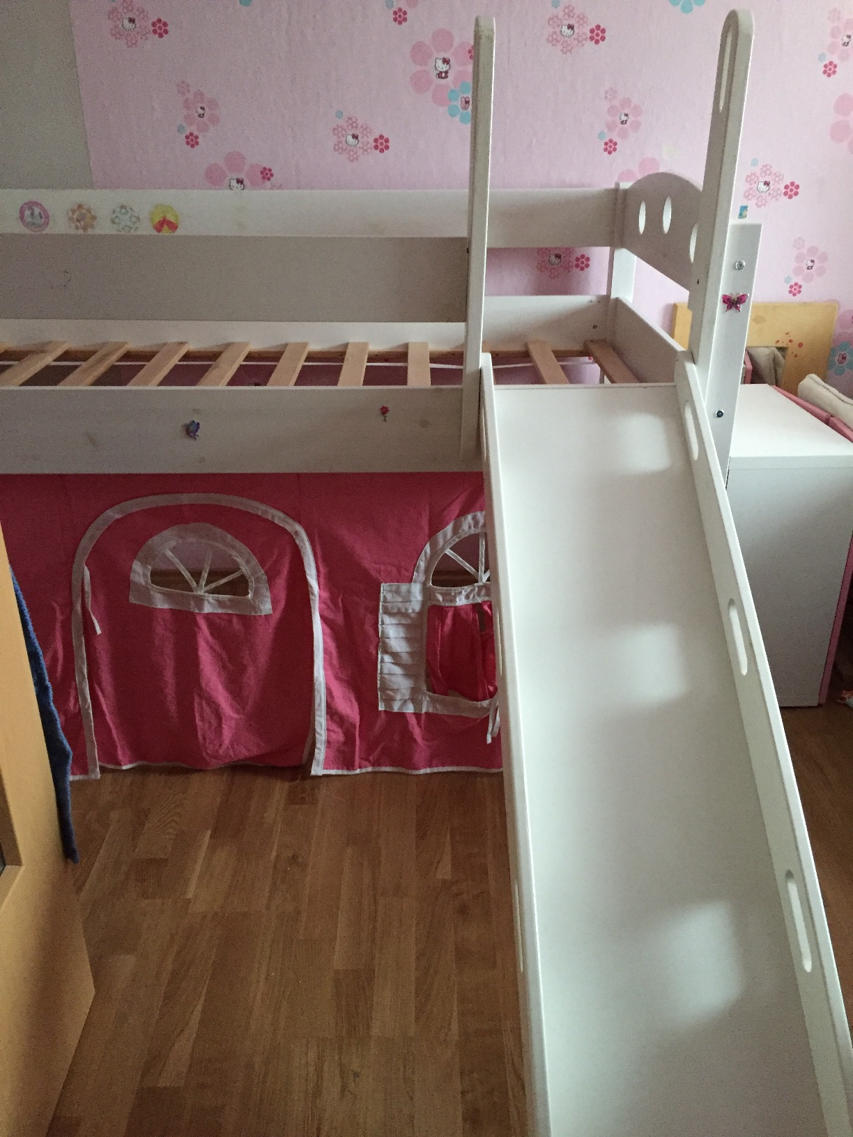 ikea hochbett mit rutsche f r 90x200 cm kinderbett kiefer. Black Bedroom Furniture Sets. Home Design Ideas