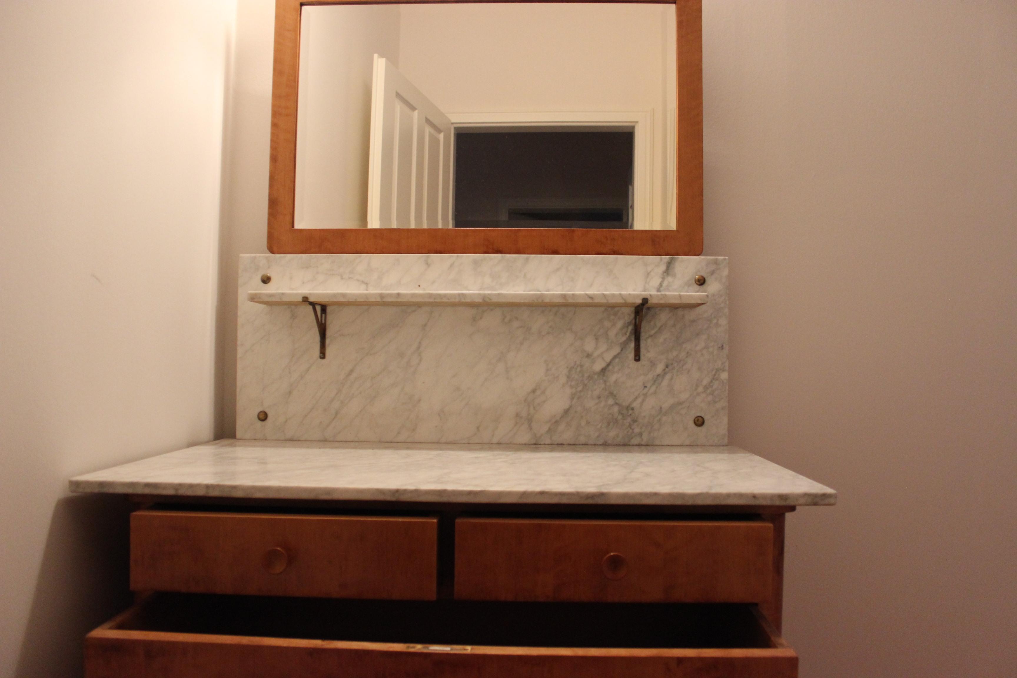 kommode vollholz antik inspirierendes design f r wohnm bel. Black Bedroom Furniture Sets. Home Design Ideas