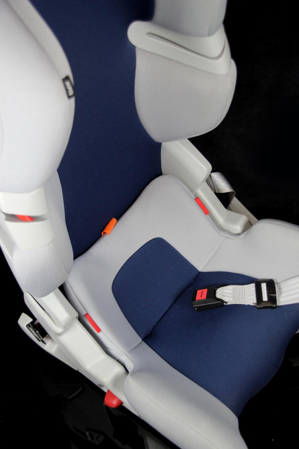 bmw junior seat isofix universal auto kindersitz 9 18 kg. Black Bedroom Furniture Sets. Home Design Ideas