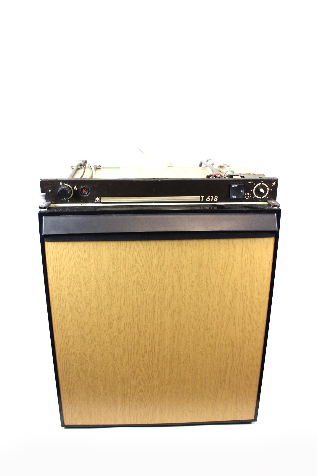 camping gaz t 618 wohnmobil k lschrank 12v 220v gas 51. Black Bedroom Furniture Sets. Home Design Ideas