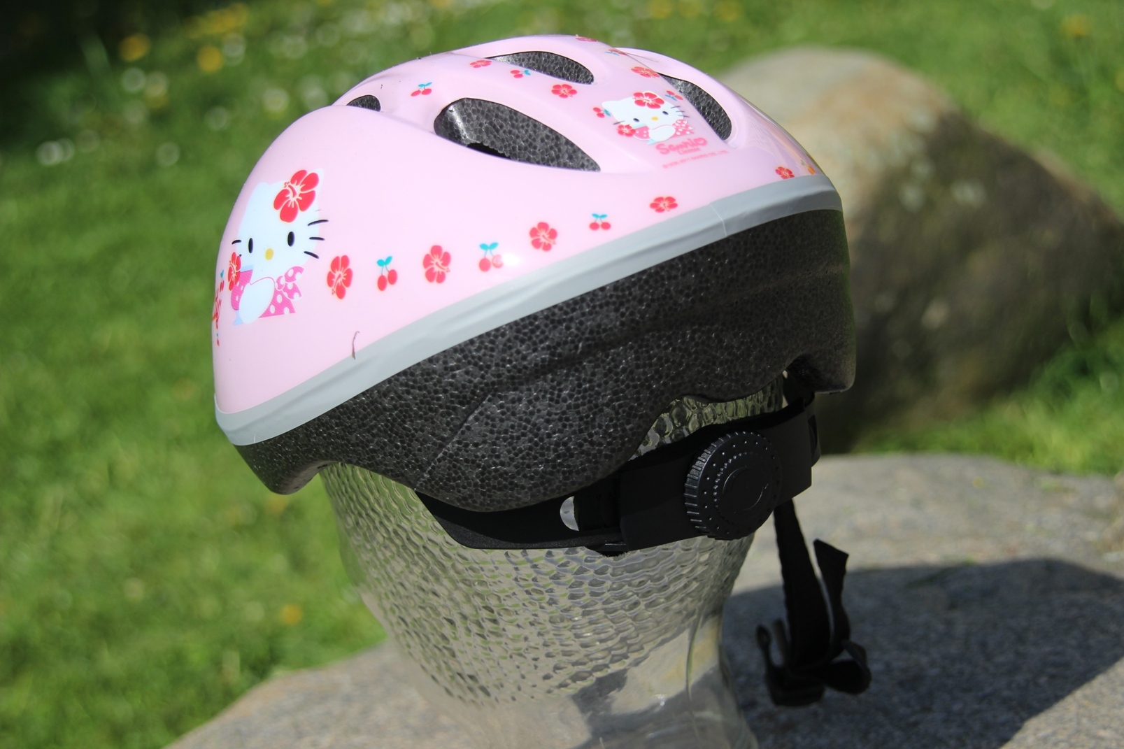 original hello kitty kinder fahrradhelm m 48 54 cm rosa. Black Bedroom Furniture Sets. Home Design Ideas