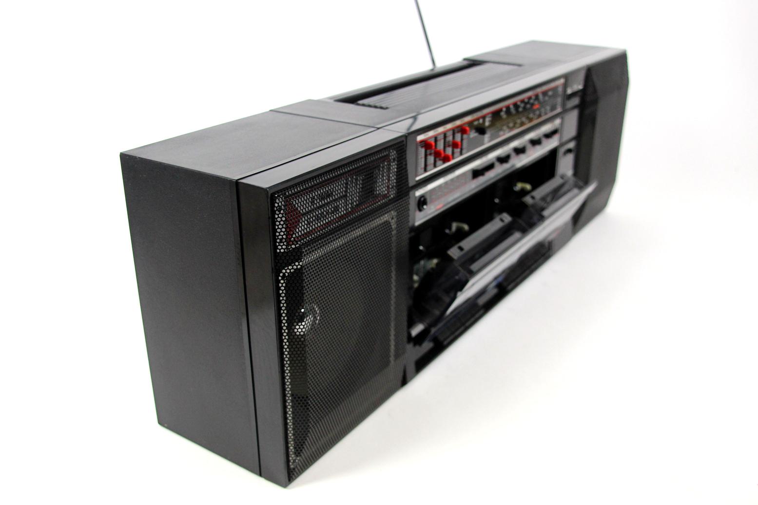 sharp wf 372 stereo kassettenrecorder abnehmbare boxen. Black Bedroom Furniture Sets. Home Design Ideas