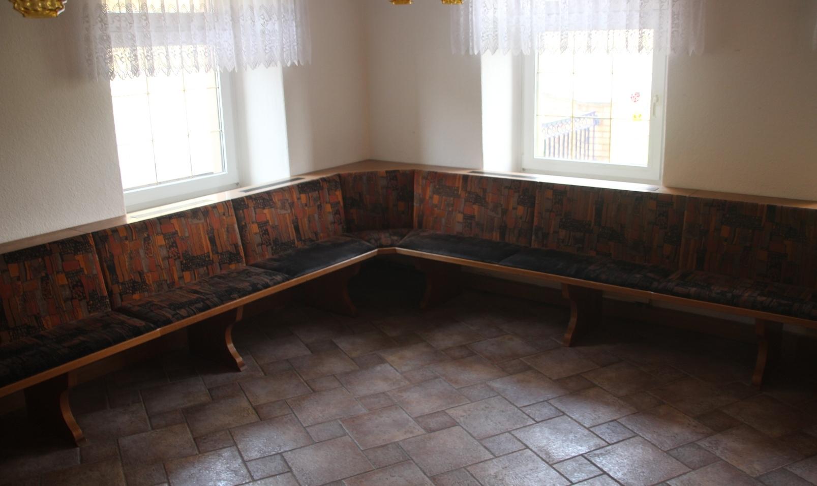 charmant gebrauchte sitzb nke f r gastronomie bilder die. Black Bedroom Furniture Sets. Home Design Ideas