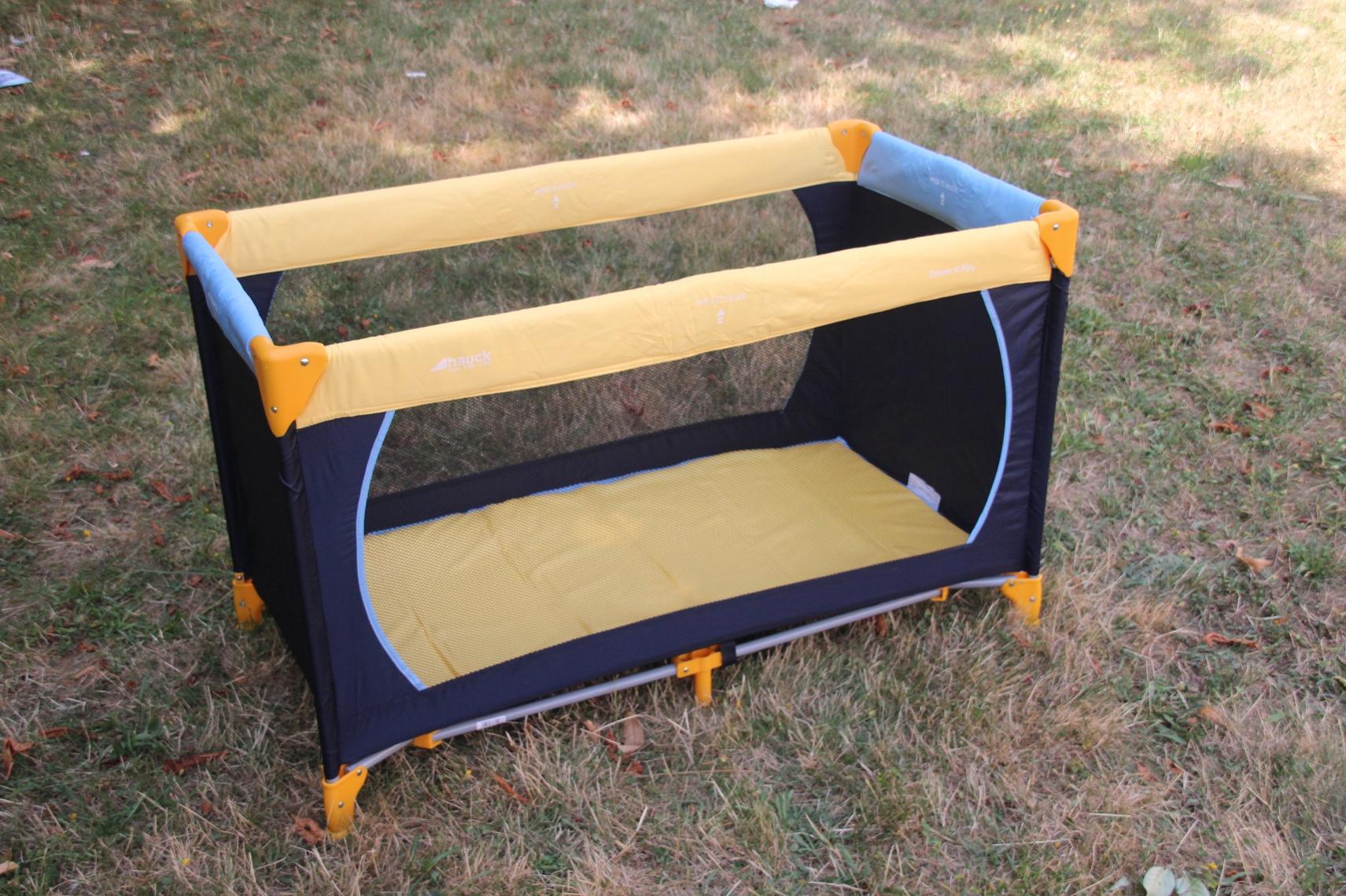 hauck dream n play baby reisebett mit matratze tasche. Black Bedroom Furniture Sets. Home Design Ideas