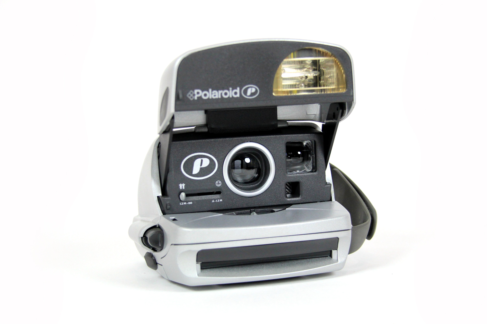 polaroid p 600 sofortbildkamera retro instant camera. Black Bedroom Furniture Sets. Home Design Ideas
