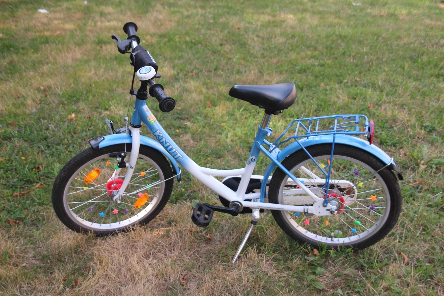 kinder fahrrad knut d eisb r 18 speichenverzierungen aufprallschutz handbremse ebay. Black Bedroom Furniture Sets. Home Design Ideas