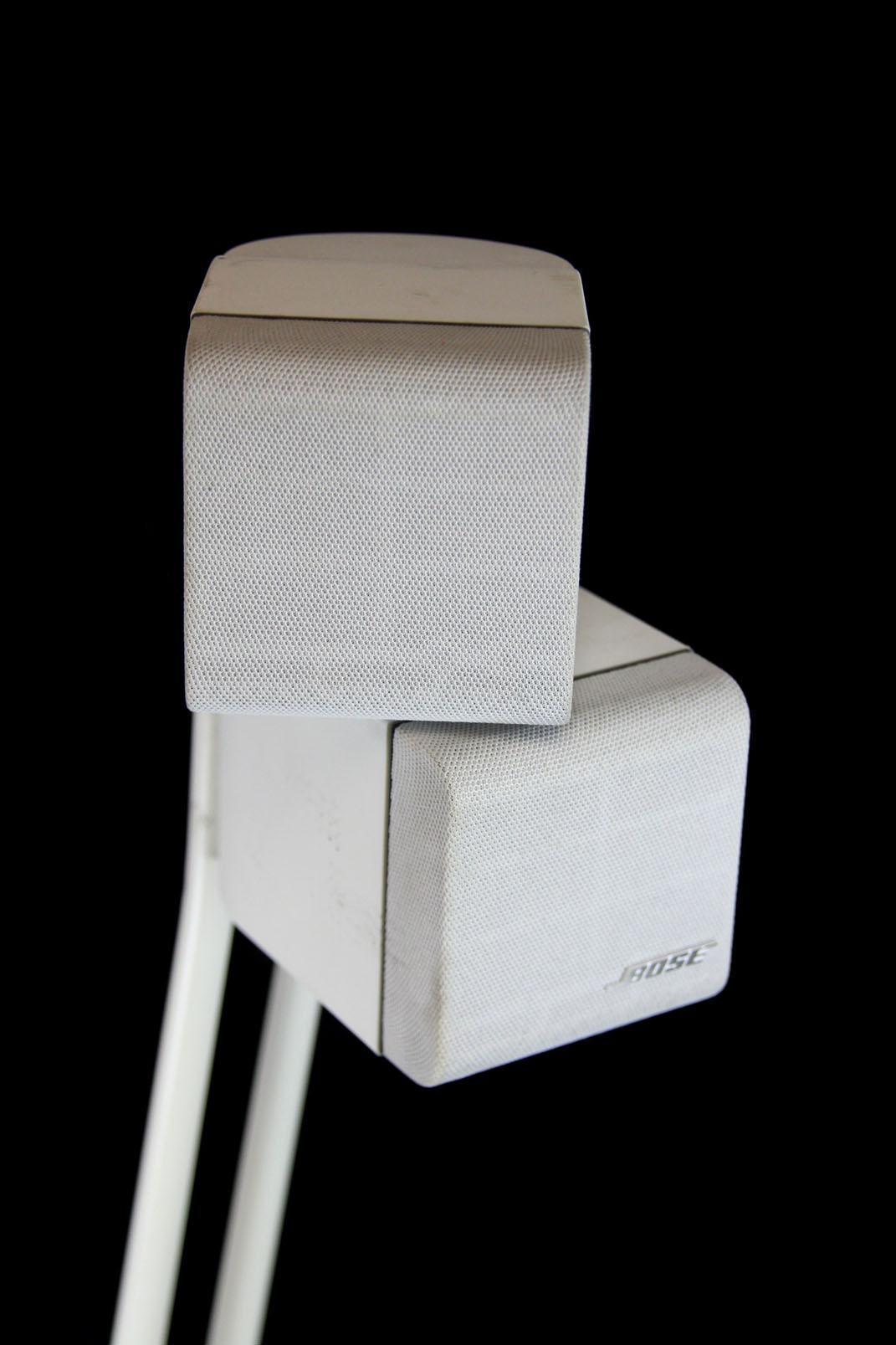 bose stereo lautsprecher st nder acoustimass doppel cube hifi speaker weiss ebay. Black Bedroom Furniture Sets. Home Design Ideas