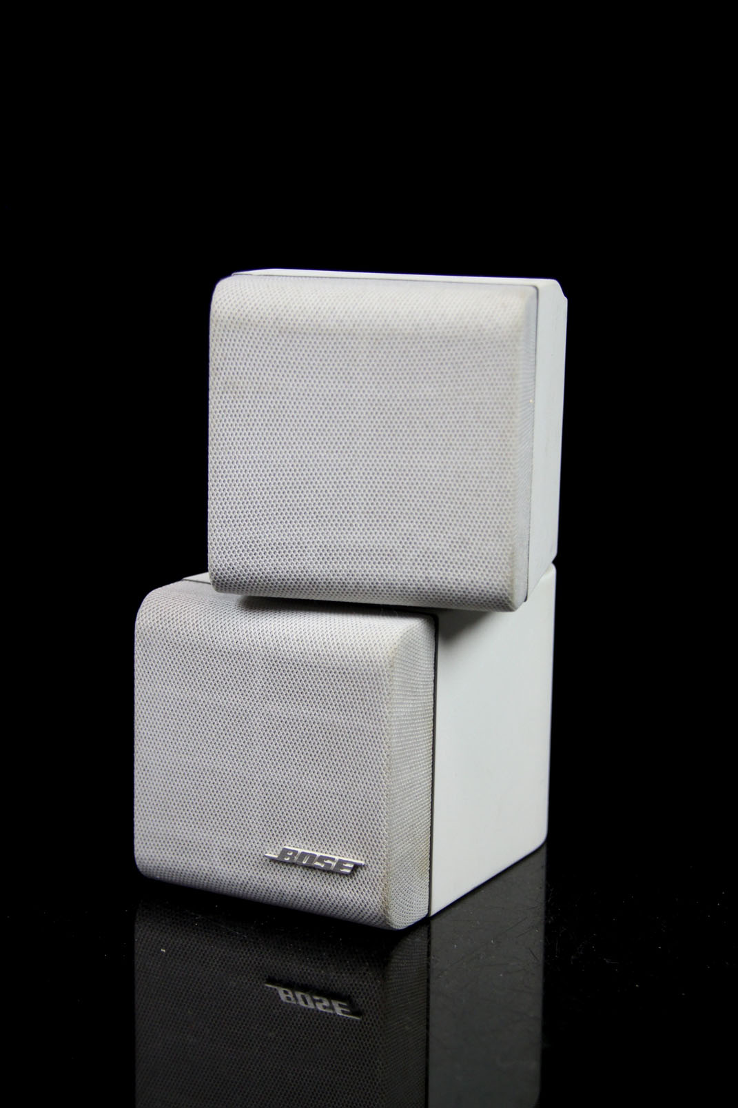 bose stereo lautsprecher weiss acoustimass speaker doppel cube satelliten box ebay. Black Bedroom Furniture Sets. Home Design Ideas