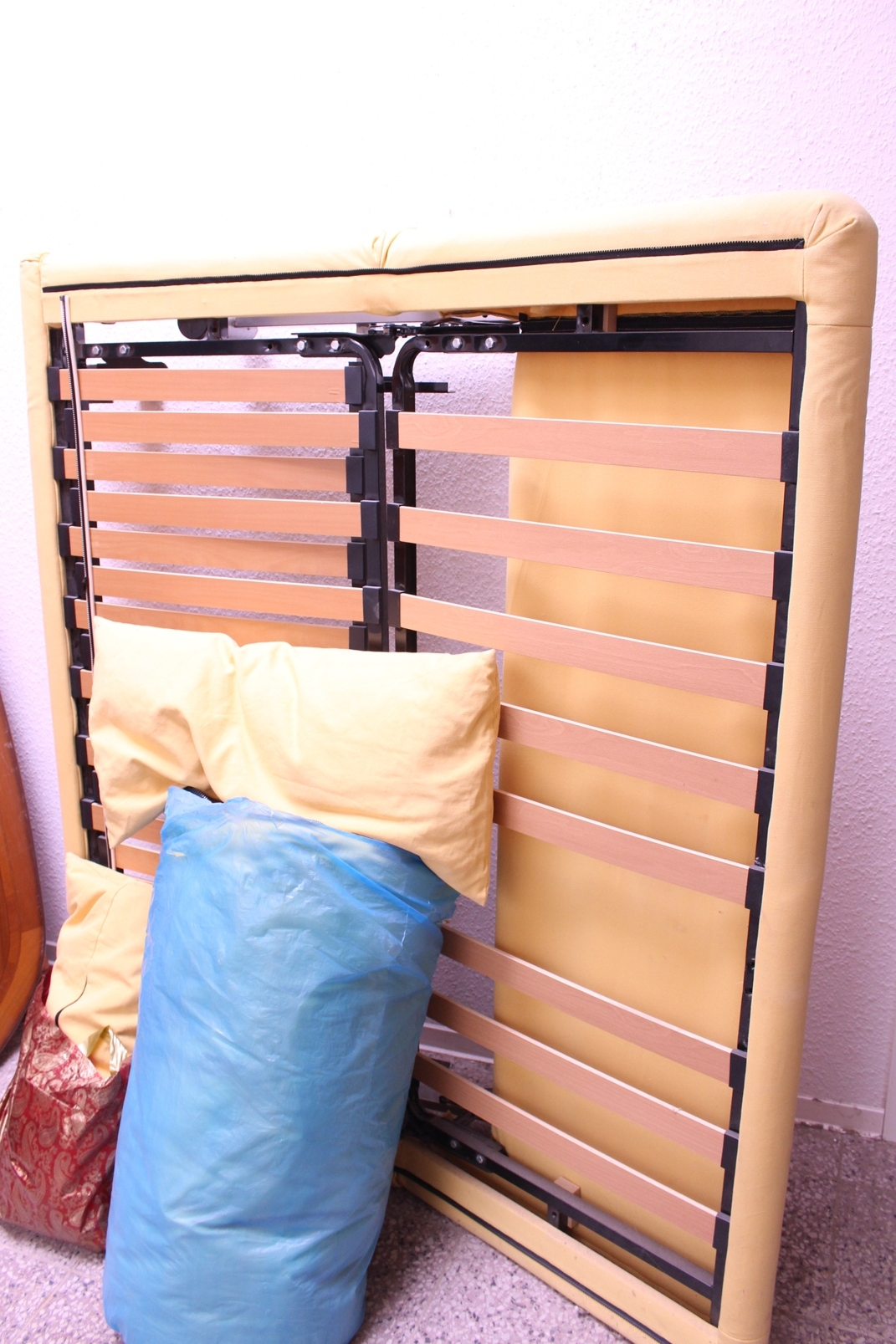 orig ligne roset multy schlafsofa gelb kissen matratze mit auflage schlaf couch ebay. Black Bedroom Furniture Sets. Home Design Ideas