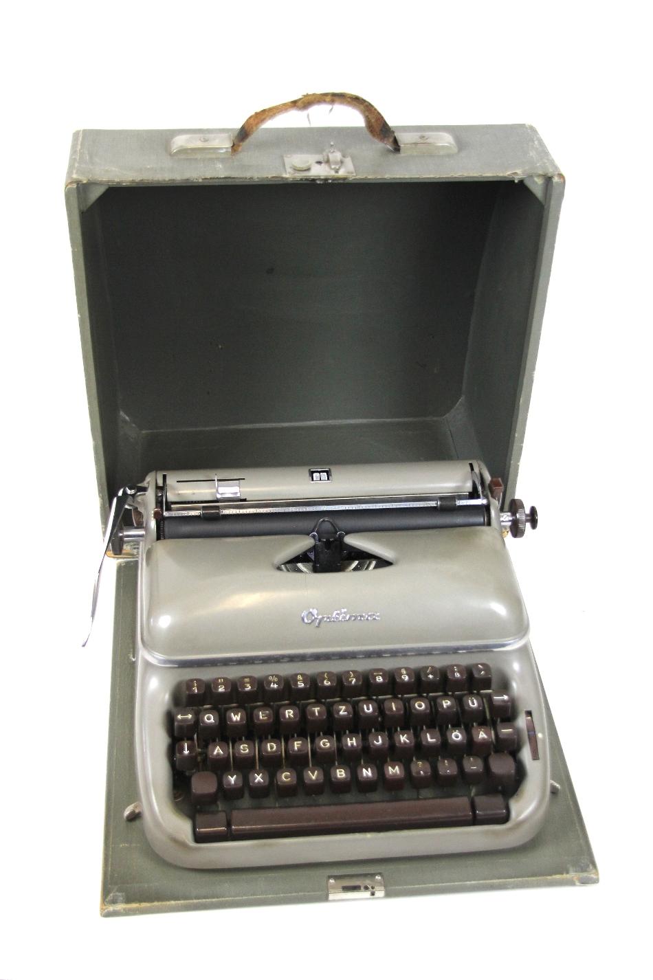 alte optima elite 3 reise schreibmaschine koffer kleinschreibmaschine typewriter ebay. Black Bedroom Furniture Sets. Home Design Ideas