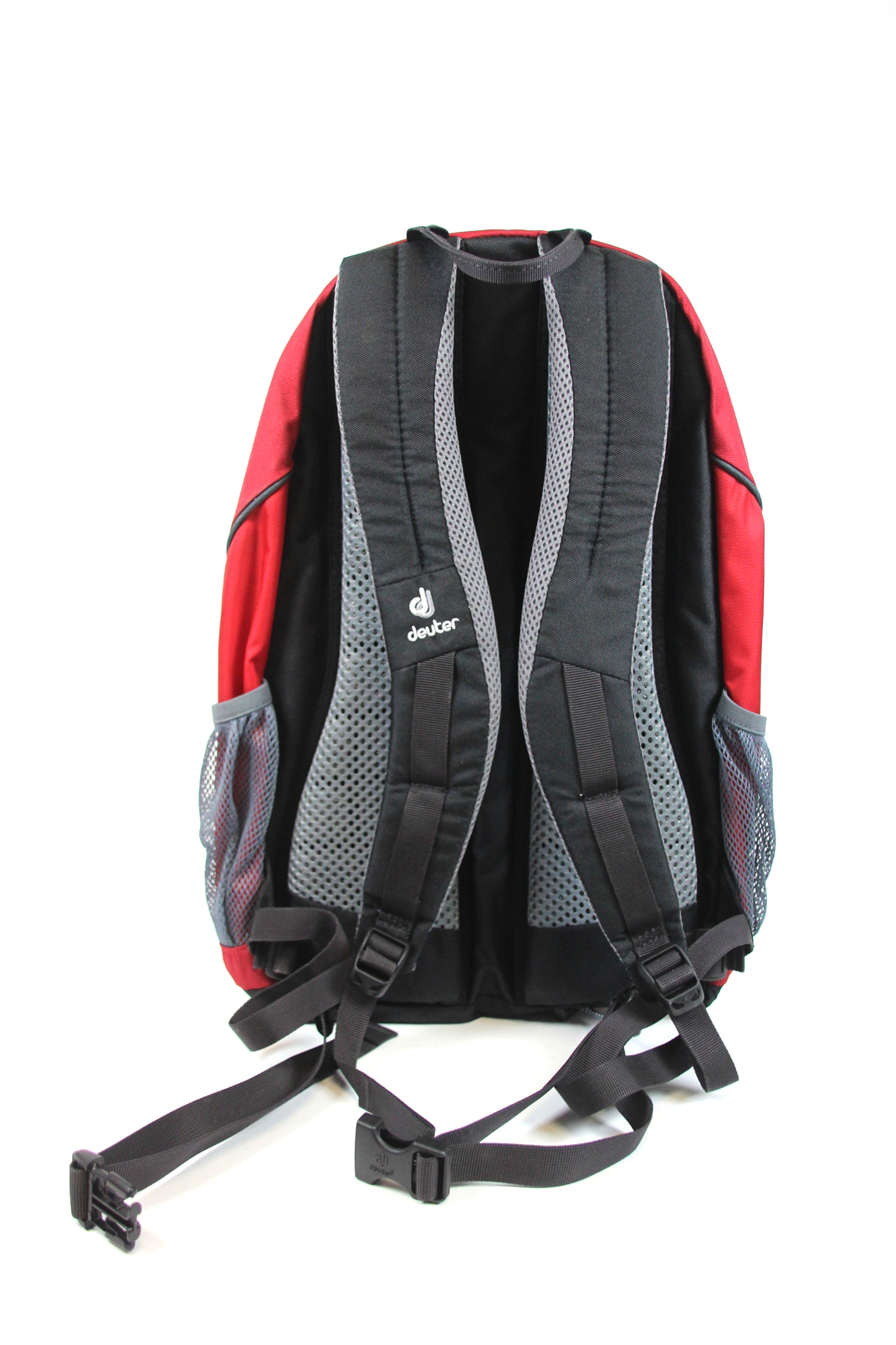 deuter gogo rucksack rot grau 25 l 47x32 cm sport freizeit. Black Bedroom Furniture Sets. Home Design Ideas