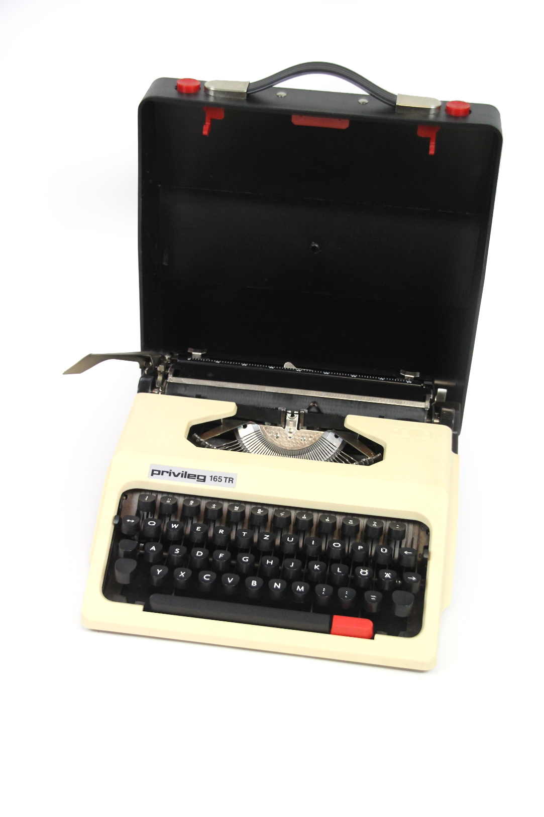 kompakte privileg cella 165 tr reise schreibmaschine beige im koffer typewriter ebay. Black Bedroom Furniture Sets. Home Design Ideas
